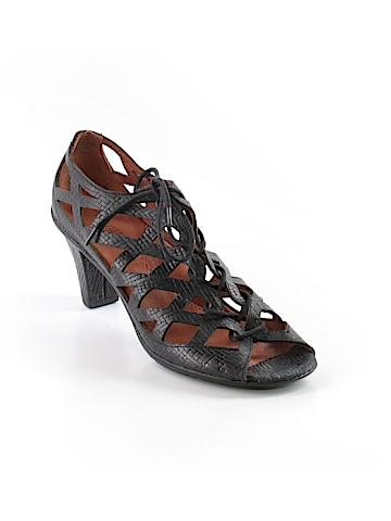 Gentle Souls Sandals Size 9 1/2