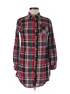 Fashion Web Long Sleeve Button-Down Shirt Size S