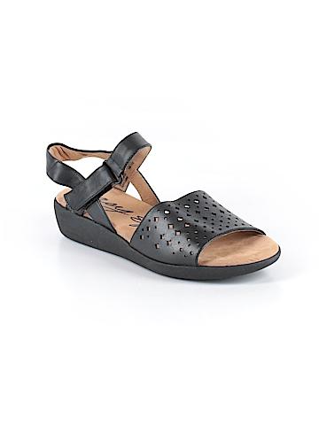 Easy Spirit Sandals Size 7