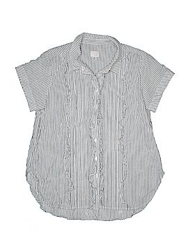 Target Short Sleeve Button-Down Shirt Size M