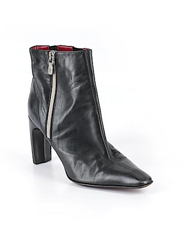 Donald J Pliner Ankle Boots Size 5