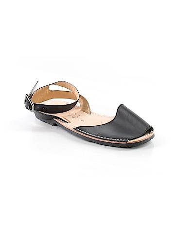 PONS Sandals Size 9