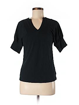 Go International Short Sleeve T-Shirt Size M