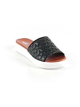 Mia Girl Sandals Size 7 1/2