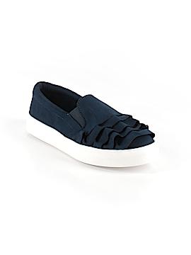 Mia Sneakers Size 6 1/2