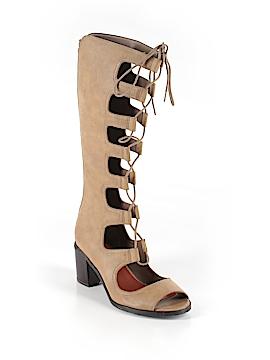 Mia Boots Size 7