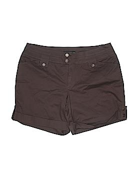 Venezia Khaki Shorts Size 22 (Plus)