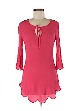 Francesca's 3/4 Sleeve Blouse Size Med - Lg