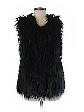 Rue21 Faux Fur Vest Size Sm - Med