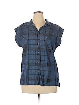 Levi's Short Sleeve Button-Down Shirt Size XL