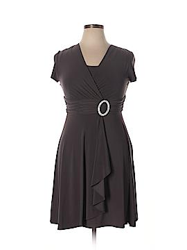 R&M Richards Cocktail Dress Size 10 (Petite)