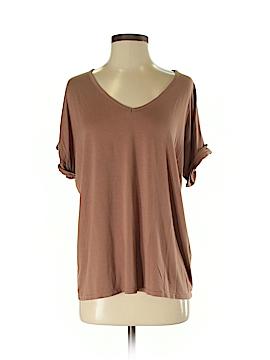 Boohoo Boutique Short Sleeve T-Shirt Size Sm - Med