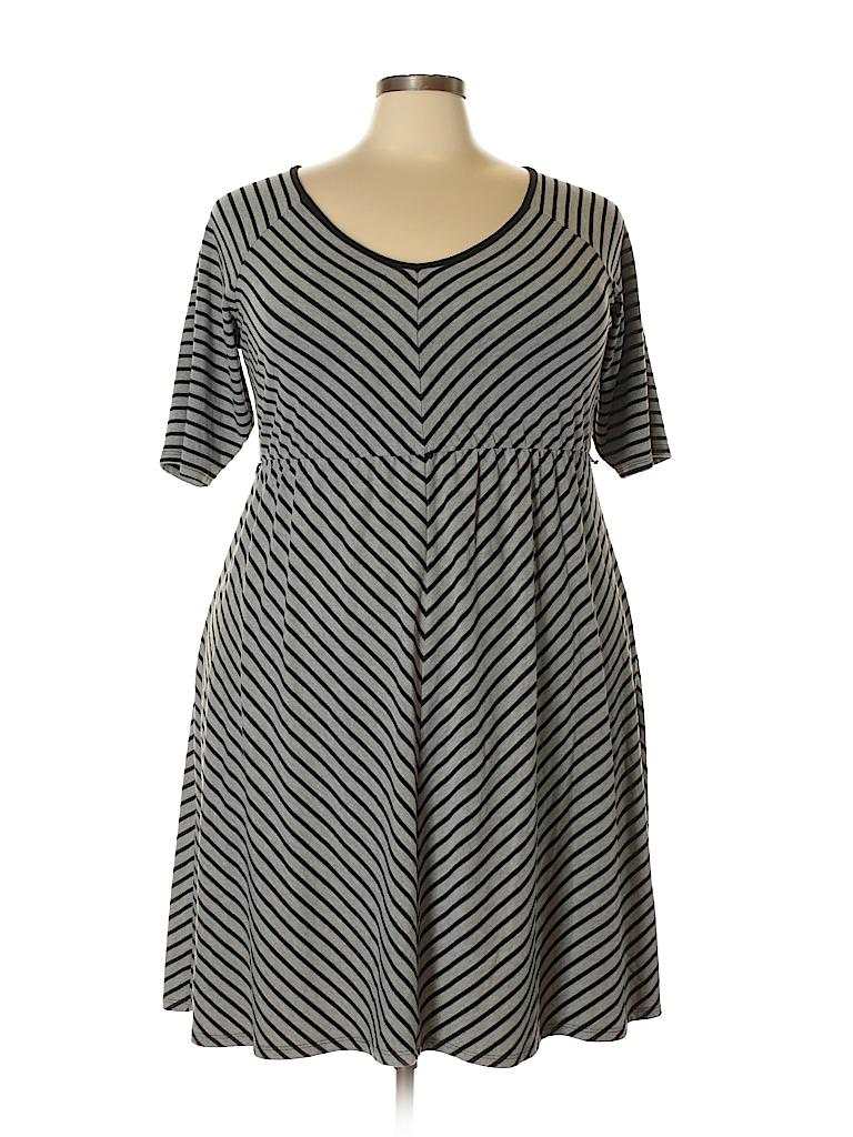 32e7f10993f Torrid Stripes Gray Casual Dress Size 3X Plus (3) (Plus) - 80% off ...
