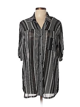 Siren Lily Short Sleeve Blouse Size 1X (Plus)