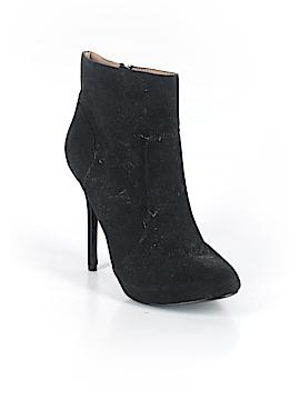 Trafaluc by Zara Ankle Boots Size 37 (EU)