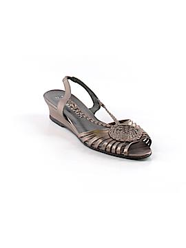 Prevata Sandals Size 7 1/2