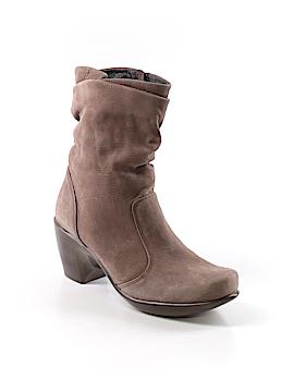 Naot Boots Size 38 (EU)