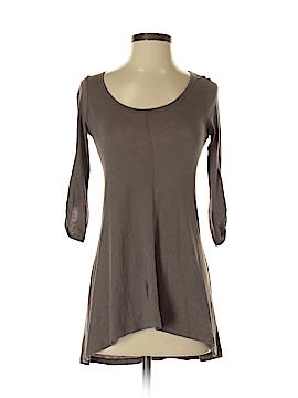 Iris & Navy 3/4 Sleeve T-Shirt Size XS