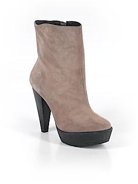 Pour La Victoire Boots Size 6