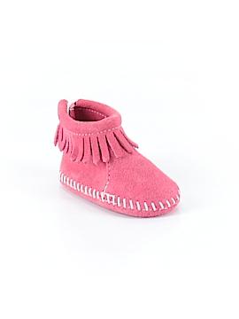 Minnetonka Boots Size 1