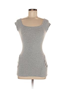 Voice Short Sleeve T-Shirt Size M