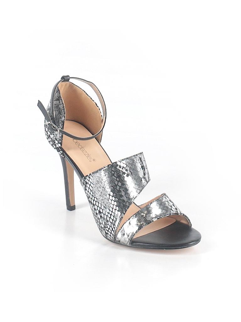 dbe2387e7e6 Shoedazzle Metallic Silver Heels Size 9 - 73% off