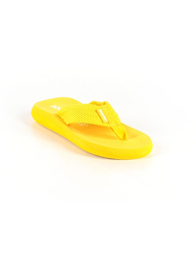 40942062660 Rocket Dog Solid Yellow Flip Flops Size 5 - 63% off