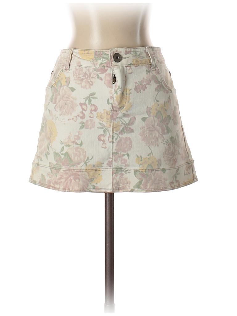 531c04a2b7 Lola Floral Light Pink Denim Skirt Size 5 - 92% off | thredUP