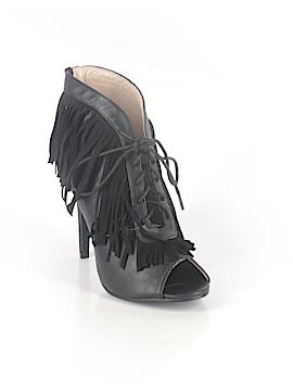 N.Y.L.A. Heels Size 7