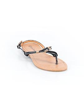 Pierre Dumas Sandals Size 7
