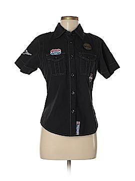Triumph Short Sleeve Button-Down Shirt Size M