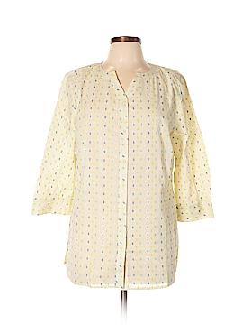 D&Co. 3/4 Sleeve Button-Down Shirt Size M