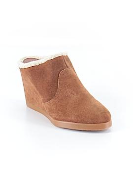 Tahari Wedges Size 6 1/2