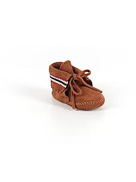 Minnetonka Booties Size 2