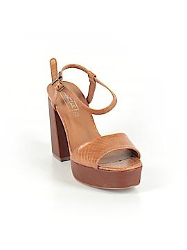 Truffle Sandals Size 7